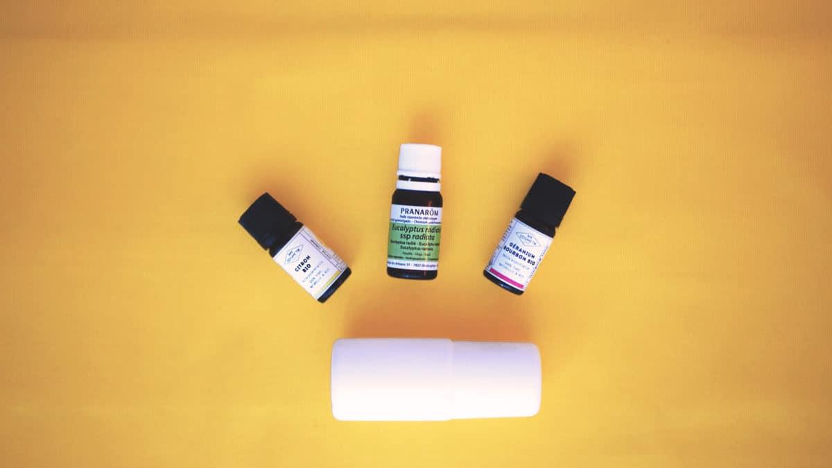 Déodorant naturel fait maison bicarbonate huiles essentielles naturopathie aromathérapie