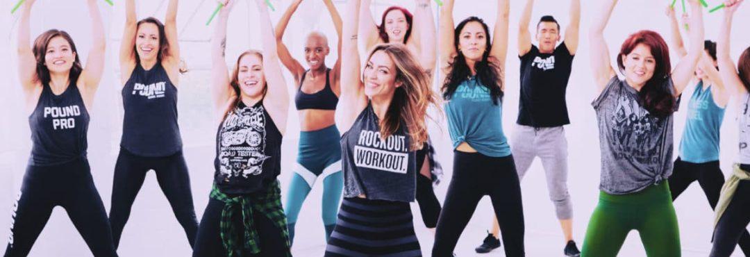 Mais pourquoi une prof de yoga donne des cours de POUND Fit?